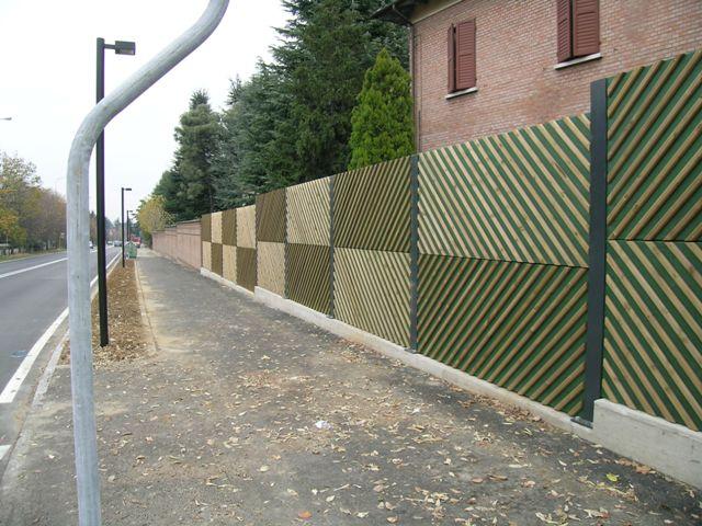 Pannello fonoassorbente in legno di pino impregnato realizzato da Linea Montanalegno - ILT